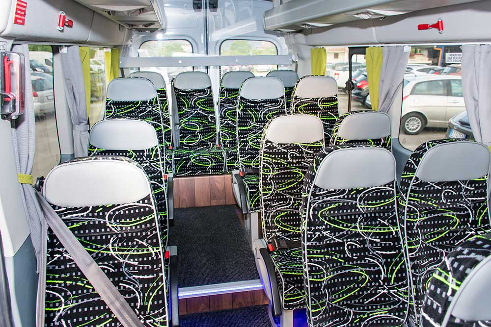 allestimento interni bus